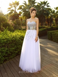 A-Line/Princess Sweetheart Sleeveless Beading Floor-Length Organza Dresses